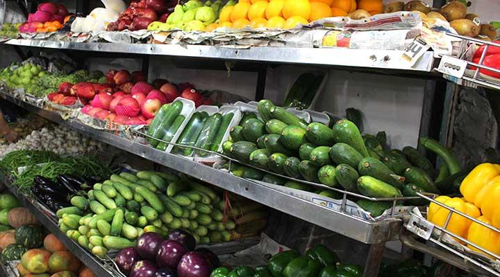 Fresh fruits market