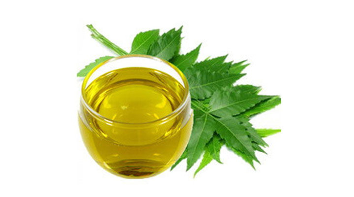 natural oil to clean scalp and treat hairfall
