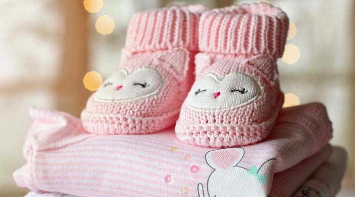Dress your newborn baby simple