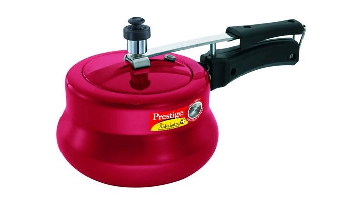 red color pressure cooker