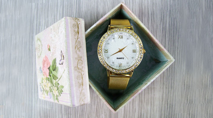 best gift for aunt wrist watch