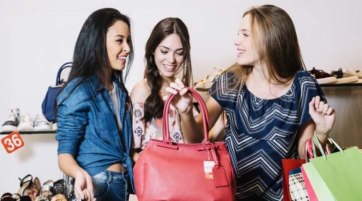 what smart women do before shopping