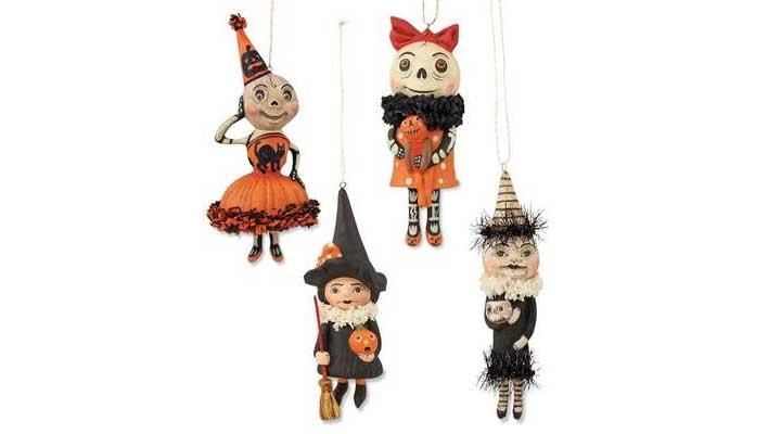 creative Halloween gift for the elderly
