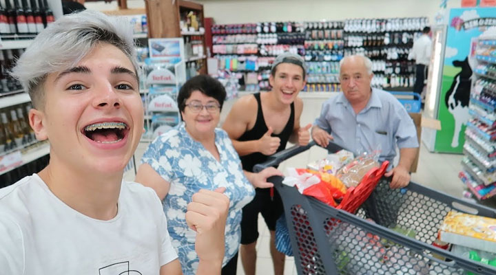 How to Keep Your Grandparents Happy